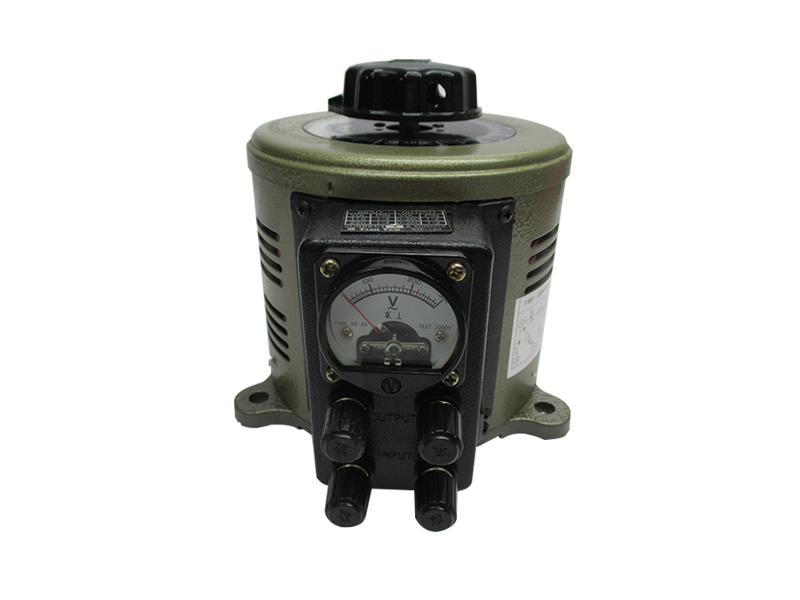 無段式電壓調整器